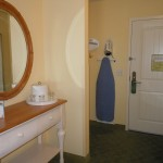 Overnight Getaway - KeyLime Cove Resort - room - Toddling Around Chicagoland
