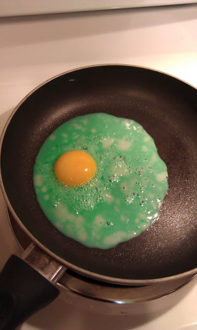 Green eggs & ham - Dr. Seuss food - egg over easy