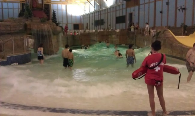 GJGBR - wave pool